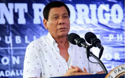 Philippines President Rodrigo Duterte bans smoking in public