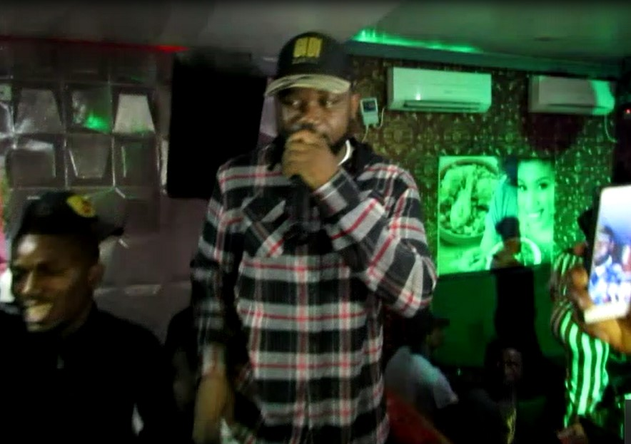 [extract] MAGINITO PERFORMING AT MLJ LOUNGE & RESTAURANT, PORT HARCOURT 247ngTV