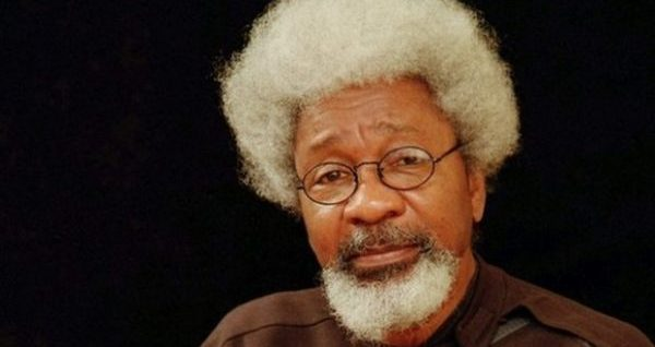 Soyinka disagrees with Obasanjo on restructuring